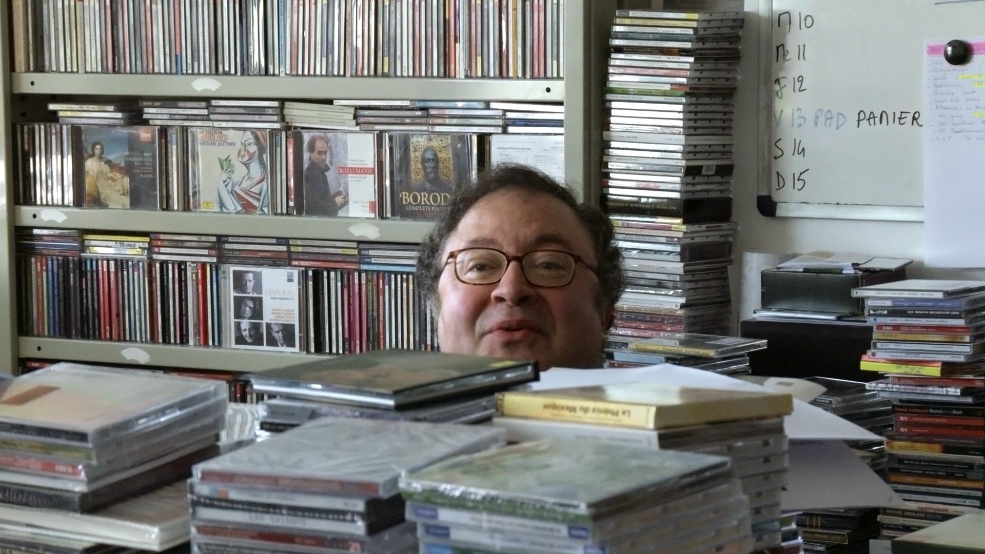 Frederic Lodeon in LA MAISON DE LA RADIO, a film by Nicolas