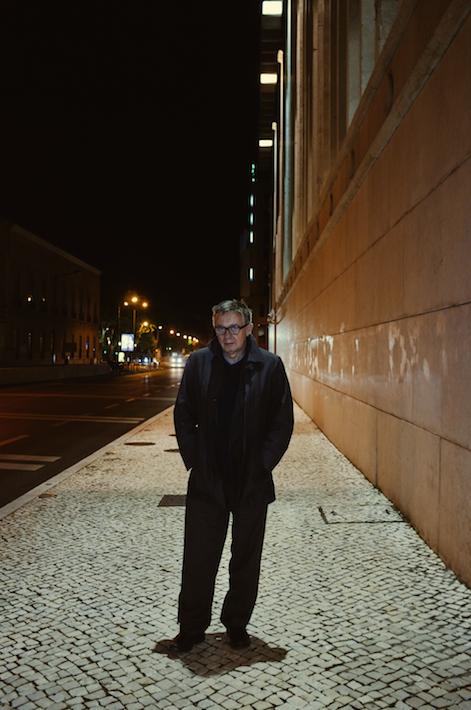 """retrato de Heinz Emigholz no IndieLisboa, realizador do filme """"The Airstrip"""""""