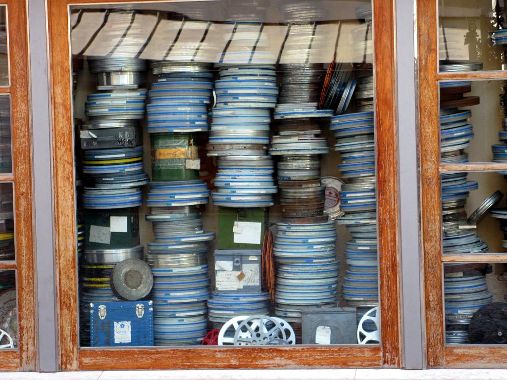 Bobines_de_Filme_na_Cinemateca_Portuguesa.
